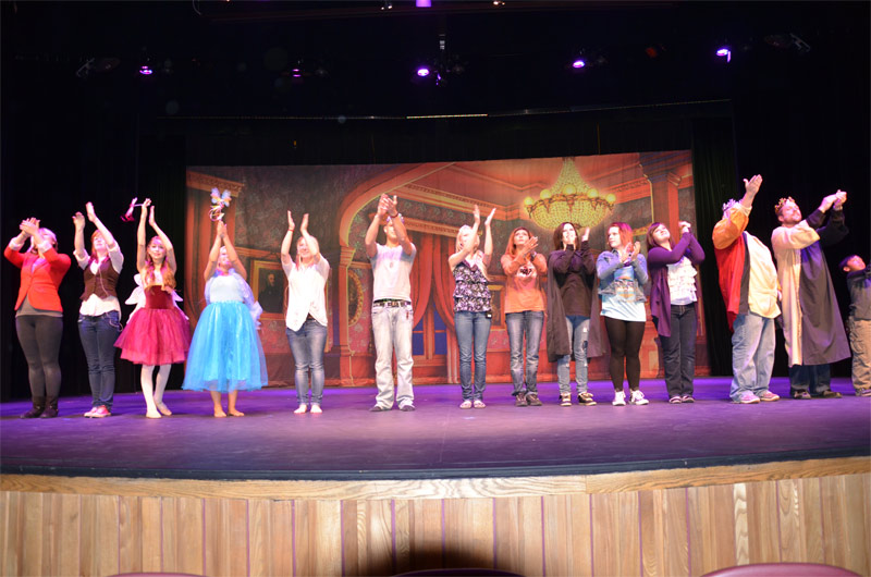 Cast-Bows in Rehearsal